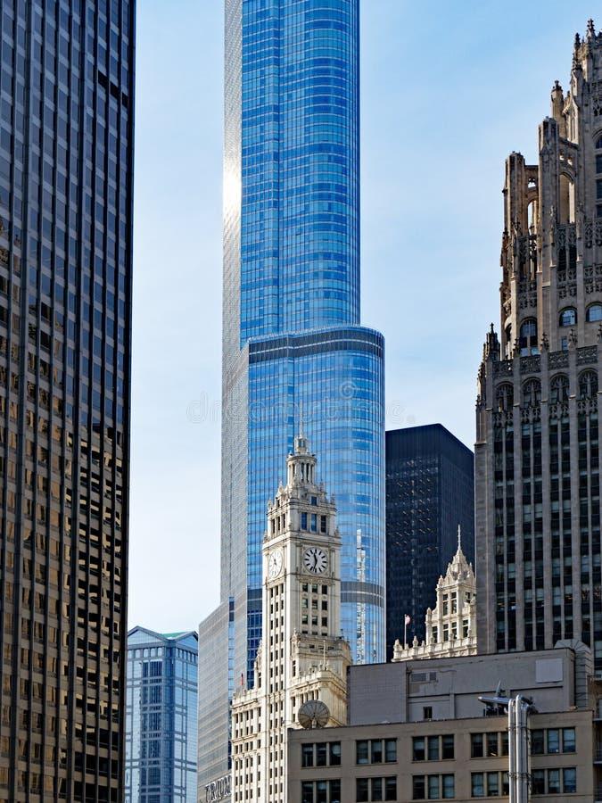 Oude en Nieuwe Lange de Torenarchitectuur van Chicago Illinois, de V.S. stock afbeeldingen