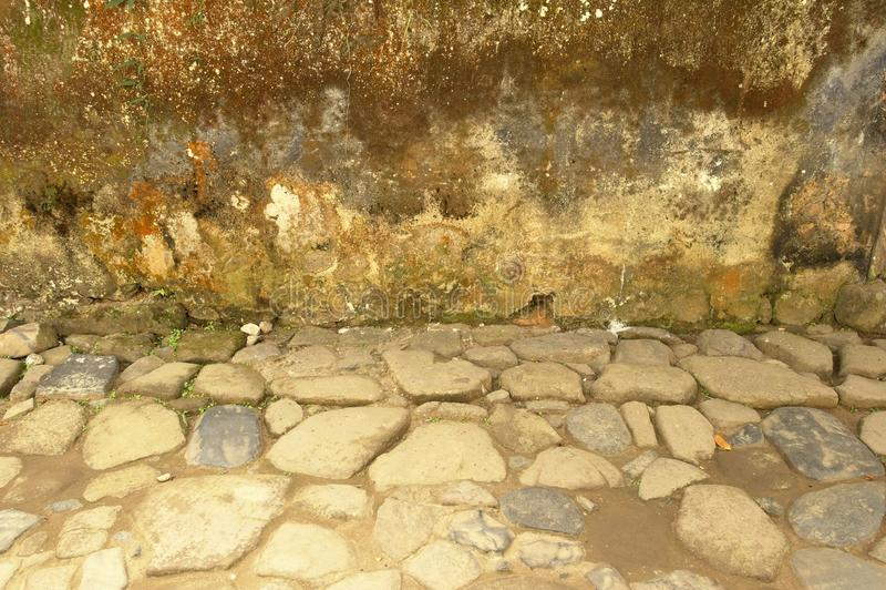 Oude en versleten gepleisterde muren royalty-vrije stock afbeelding