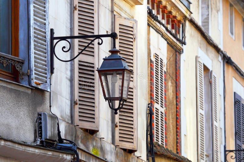 Oude Europese stad Auxerre Bourgondië, Frankrijk stock foto's