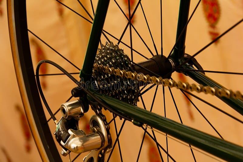 Oude fiets 7758 royalty-vrije stock fotografie