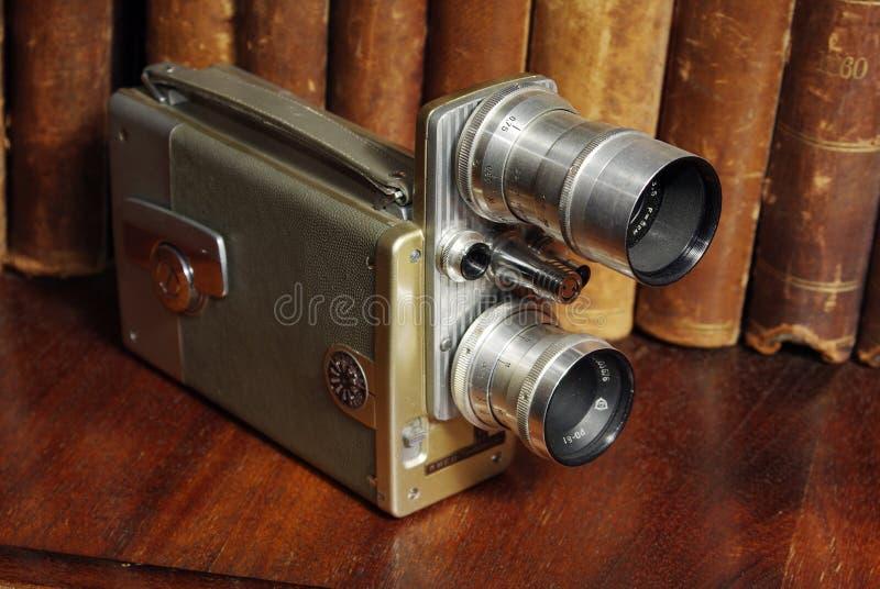 Oude filmfilmcamera (kino) royalty-vrije stock afbeeldingen