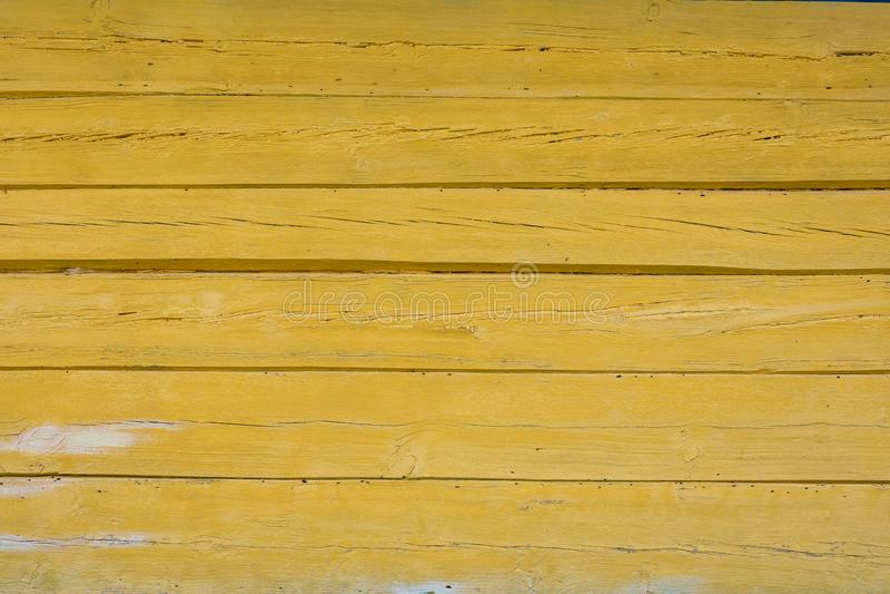 Oude gele houten textuur als achtergrond stock foto's
