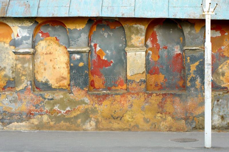 Oude geschilderde muurachtergrond royalty-vrije stock afbeeldingen