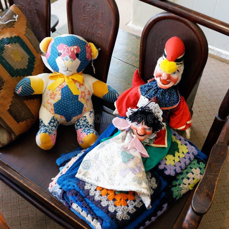 Oude Gevulde Chidrens-Doll royalty-vrije stock afbeelding