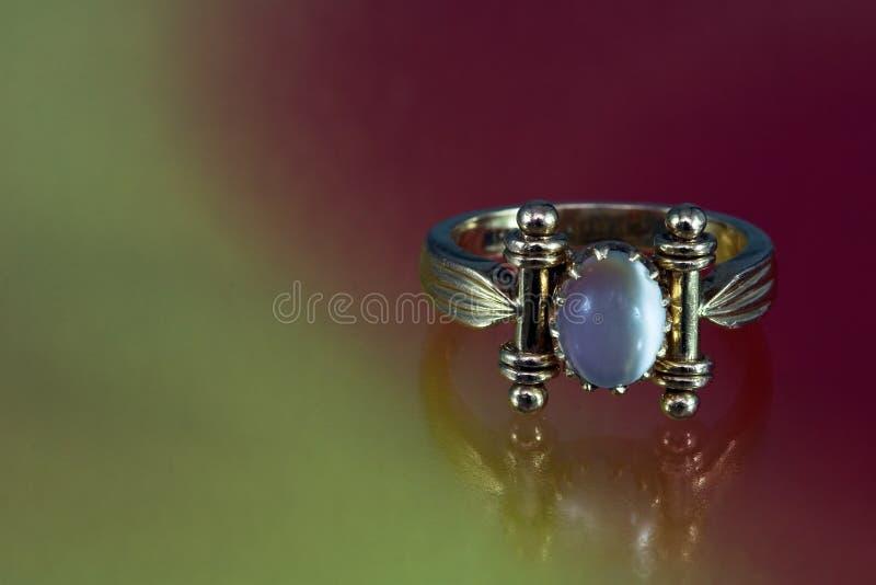 Oude Gouden Ring royalty-vrije stock afbeeldingen