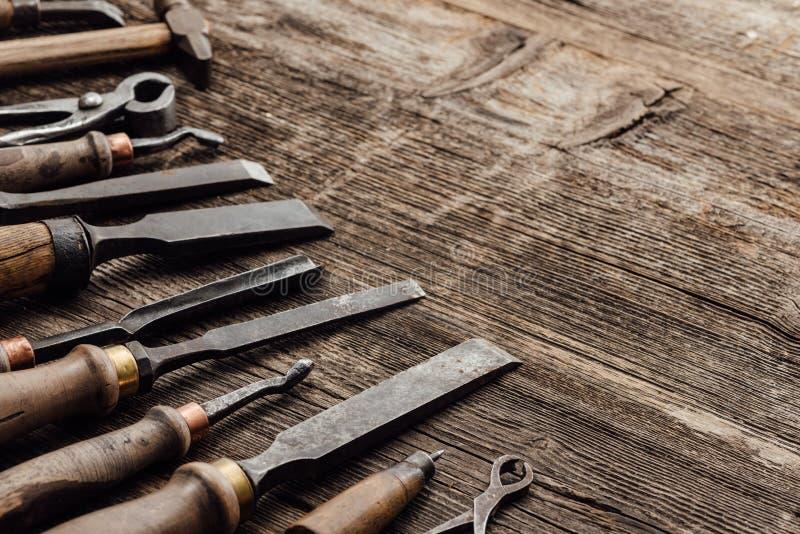 Oude gravure en houtbewerkingshulpmiddelen royalty-vrije stock foto's