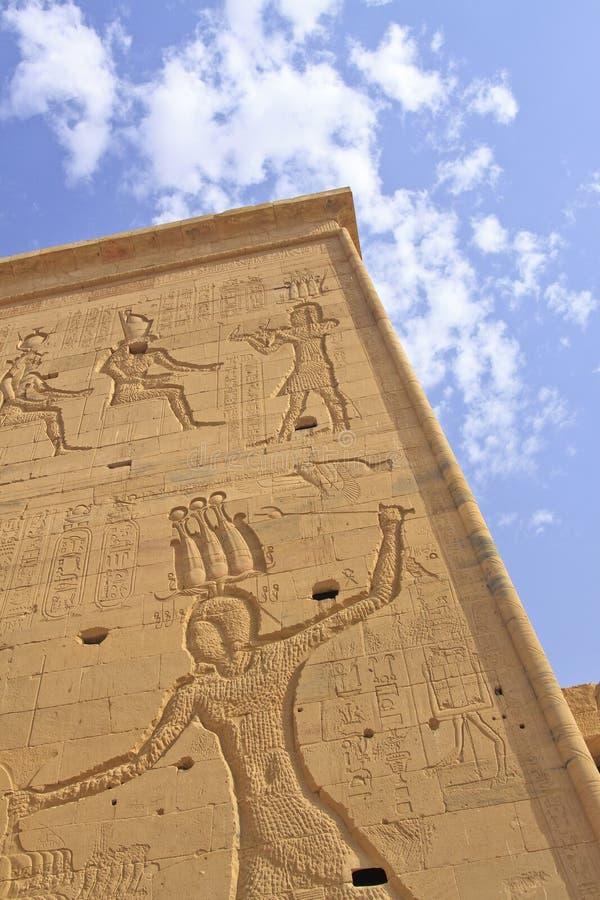 Oude Gravures bij Tempel Philae stock fotografie