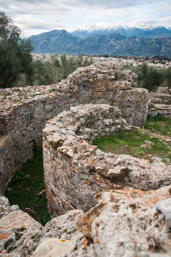 Oude Griekse ruïnes op de archeologische plaats in Sparta, Gree royalty-vrije stock foto's