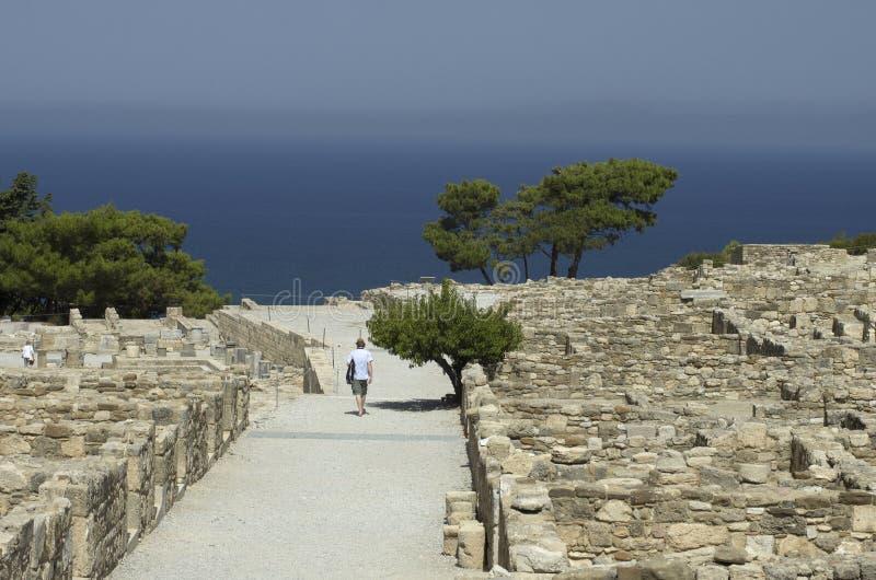 Oude Griekse stad van Kamiros op de Egeïsche kust royalty-vrije stock afbeelding