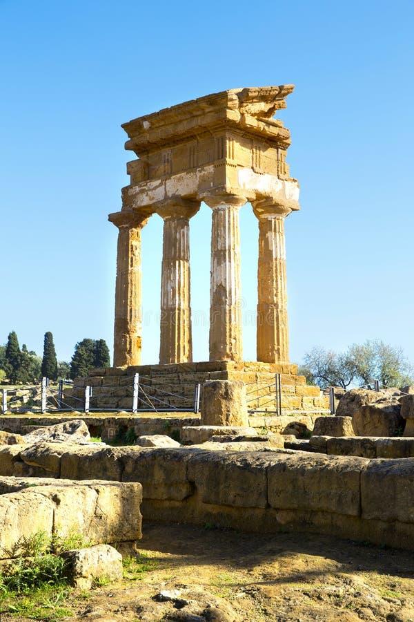 Oude Griekse Tempel van Dioscuri royalty-vrije stock foto