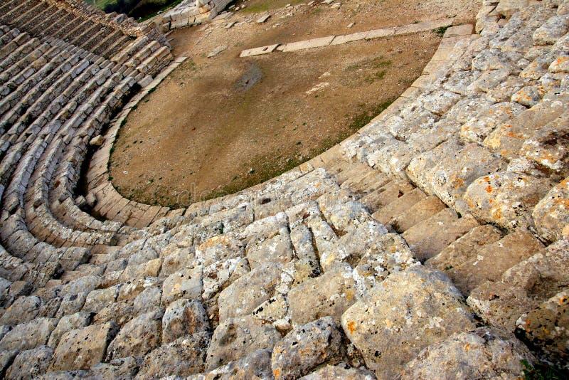 Oude Griekse theaterscène & treden, Sicilië royalty-vrije stock afbeeldingen