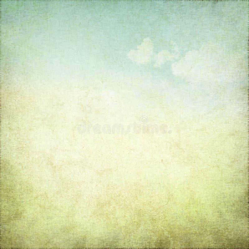 Oude grungeachtergrond met gevoelige abstracte canvastextuur en blauwe hemelmening stock foto