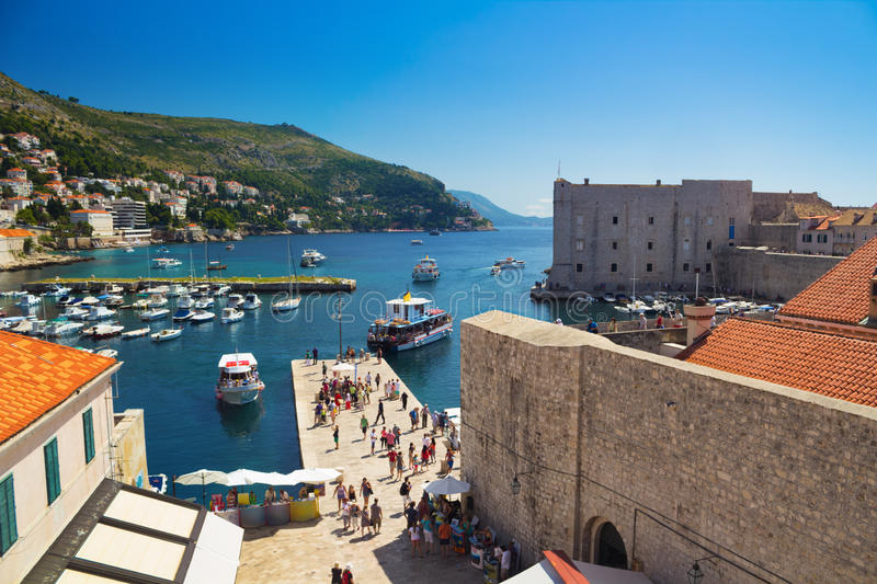 Oude haven in Dubrovnik stock foto
