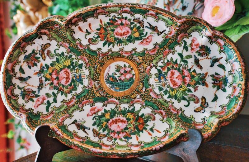 Oude het porseleinplaat van China royalty-vrije stock afbeelding