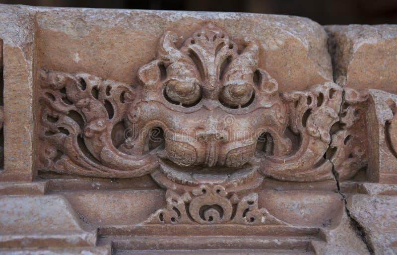 Oude Hindoese Tempel sas-Bahu in Rajasthan, dichtbij Udaipur, India stock afbeeldingen