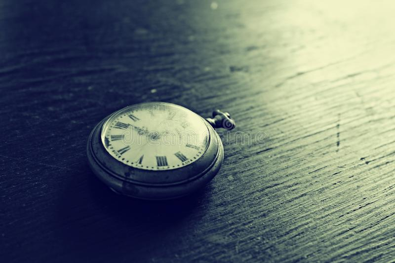 Oude horloges stock foto's