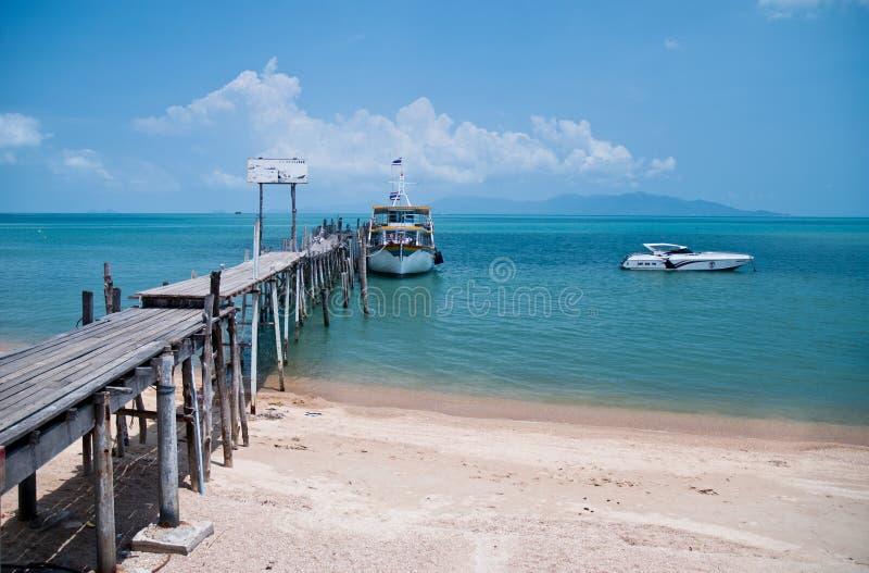 Oude houten brug in Bophut, Samui, Thailand royalty-vrije stock afbeelding