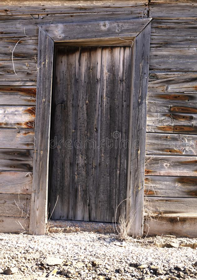 Oude houten deur van vorige eeuw stock fotografie