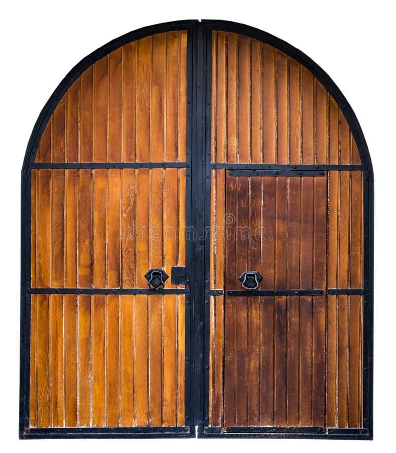 Oude Houten die poort met metaaldecoratie op witte backgrou wordt geïsoleerd stock fotografie