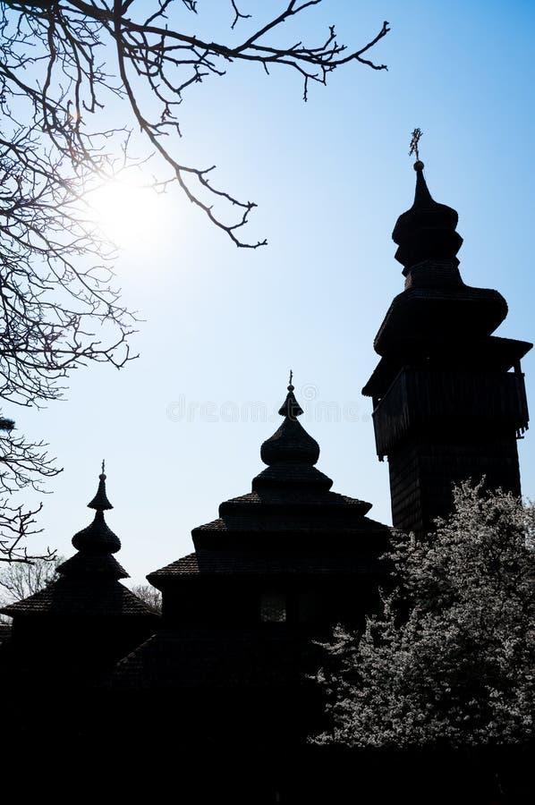 Oude houten kerk in Uzhgorod, de Oekra?ne stock fotografie