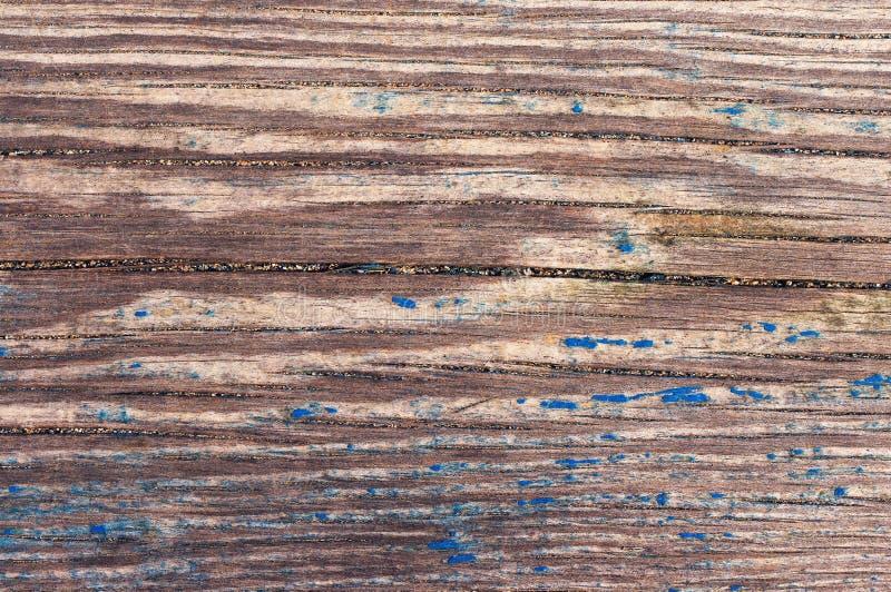 Oude houten oppervlakte met de blauwe exfoliating verf stock afbeelding