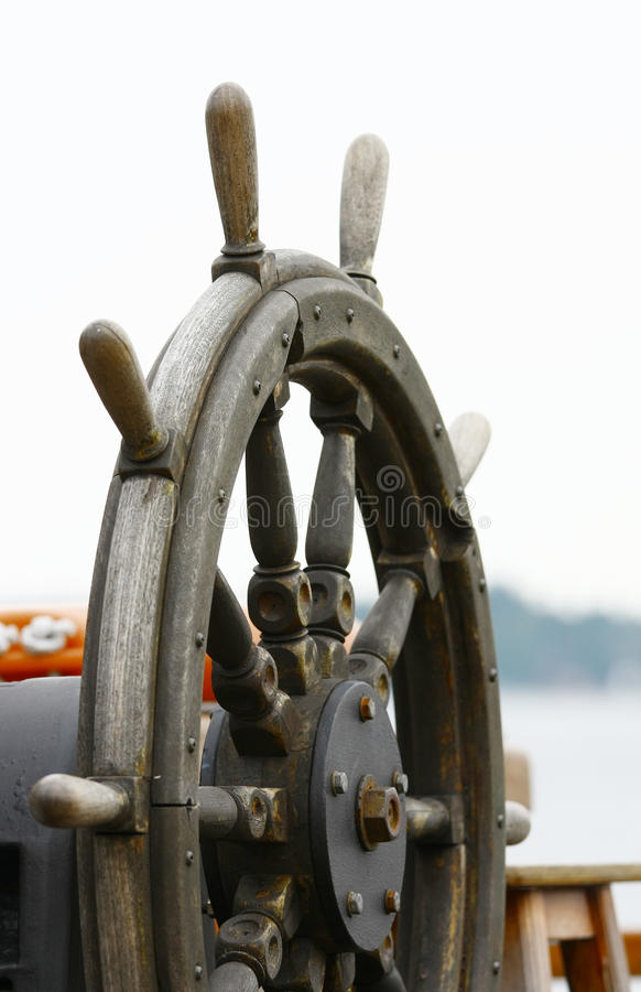 Oude houten schipleidraad royalty-vrije stock afbeeldingen