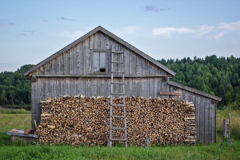 Oude houten schuur stock foto