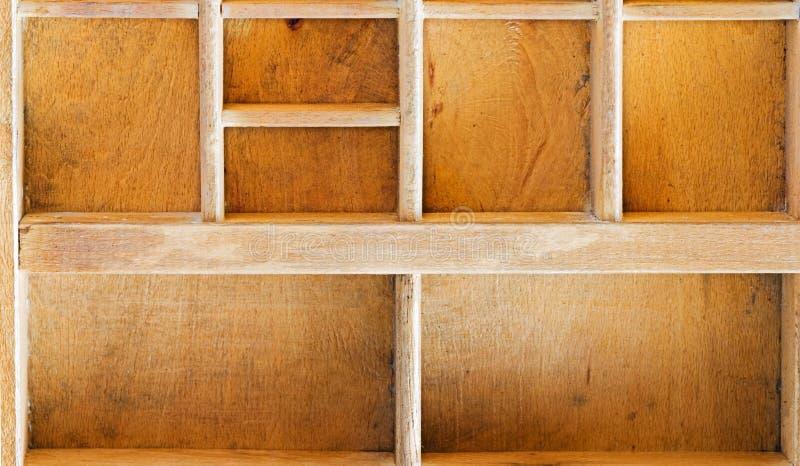 Oude houten showcase stock afbeeldingen