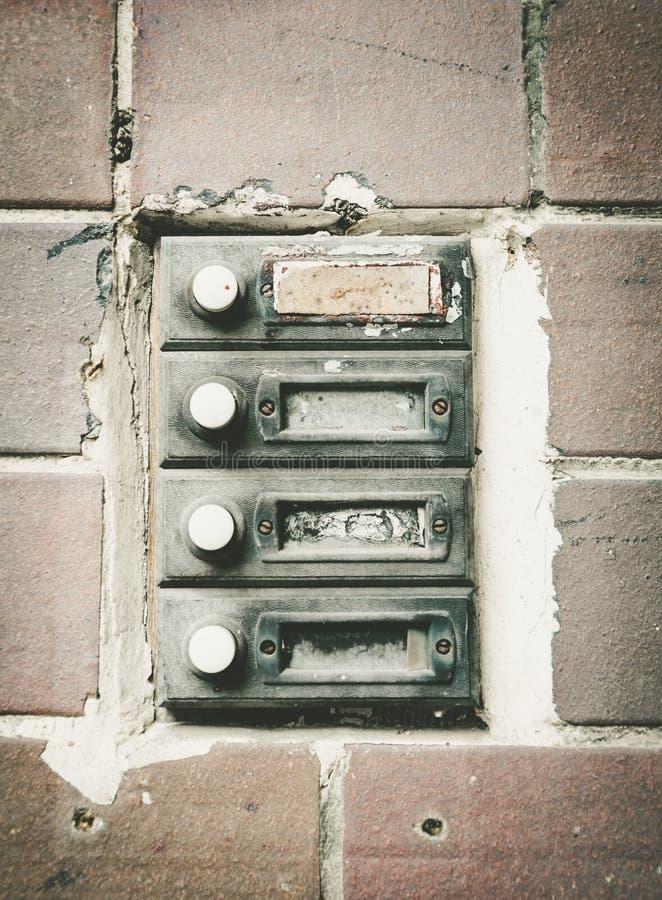 Oude huisdeurbels stock foto's