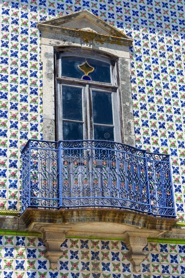 Oude huisvoorzijde royalty-vrije stock afbeelding