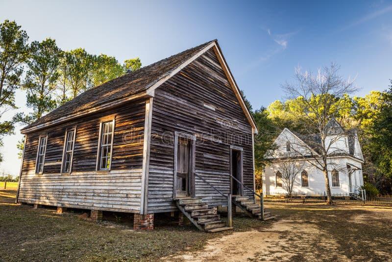 Oude huizen in een historisch oriëntatiepuntpark royalty-vrije stock afbeelding