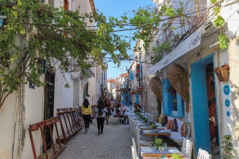 Oude Huizenmening in historische Alacati-Stad Alacati is populer toeristenbestemming in Turkije royalty-vrije stock foto's