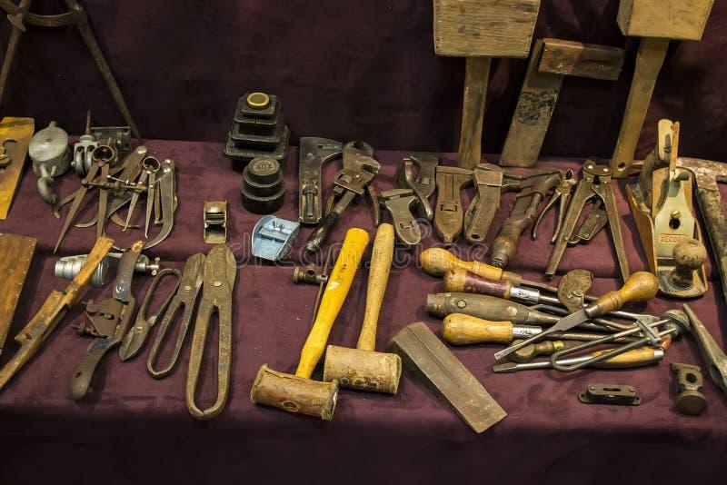 Oude hulpmiddelen voor houtbewerking royalty-vrije stock fotografie