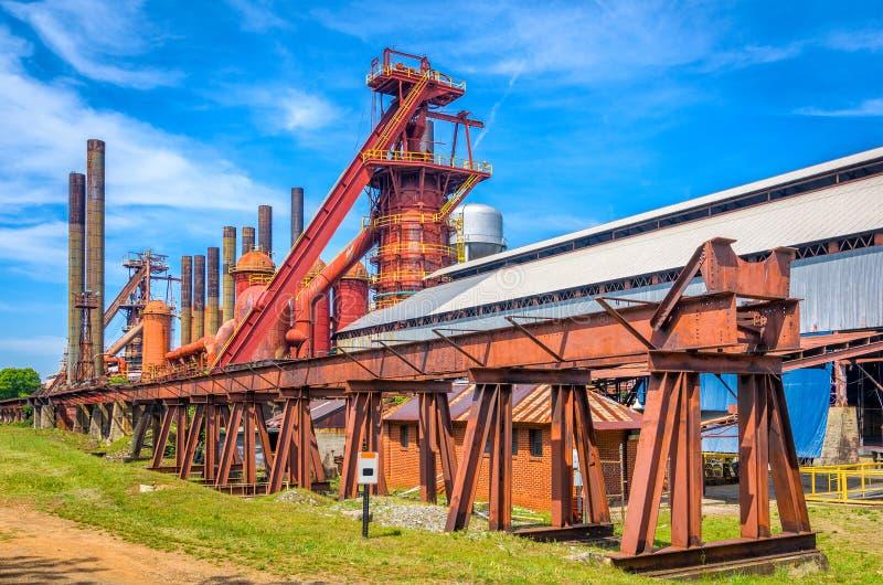 oude ijzerfabriek stock afbeelding