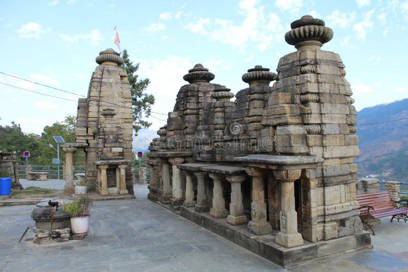 Oude Indiase tempel met ongelofelijke architectuur royalty-vrije stock afbeelding