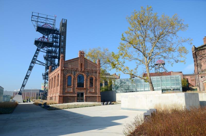 Oude industriële gebouwen (Silezisch Museum in Katowice, Polen) stock fotografie