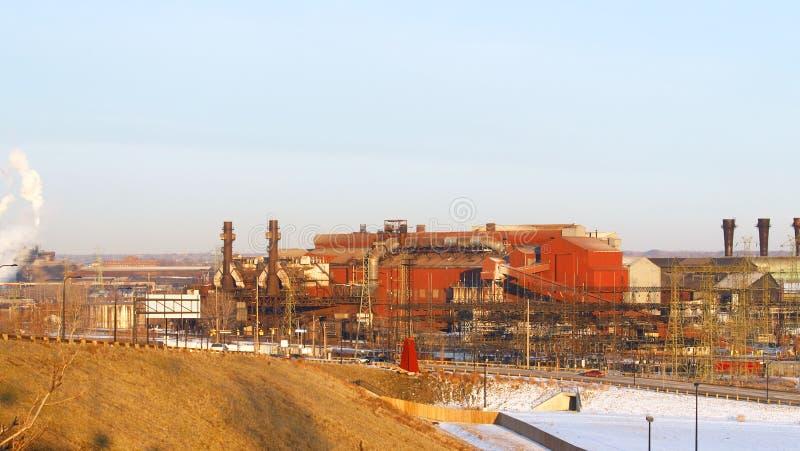 Oude industriële staalfabriek royalty-vrije stock afbeeldingen