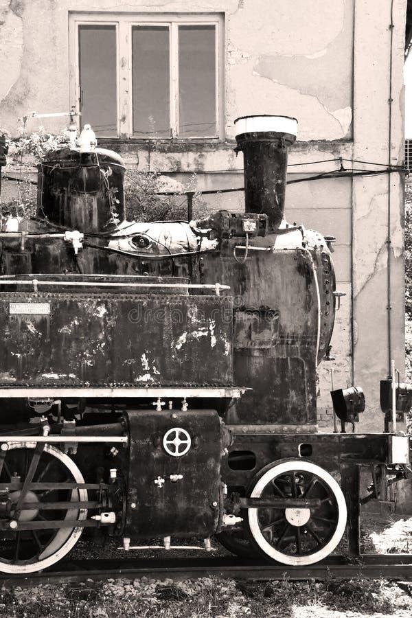 Oude Joegoslaafse locomotief in Vrsac, Servië royalty-vrije stock foto