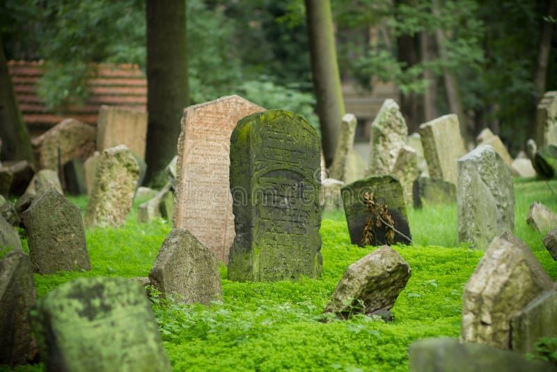 Oude Joodse Begraafplaats, Praag royalty-vrije stock foto's
