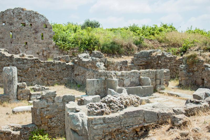 Oude Kant muur oriëntatiepunt Turkije Ruïnes van de oude stad stock foto's