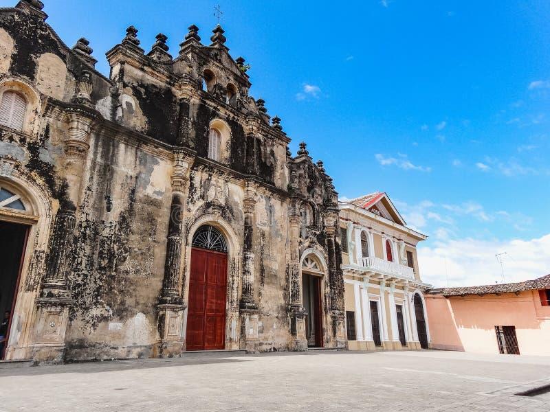 Oude kathedraal van Managua in Nicaragua oktober stock fotografie
