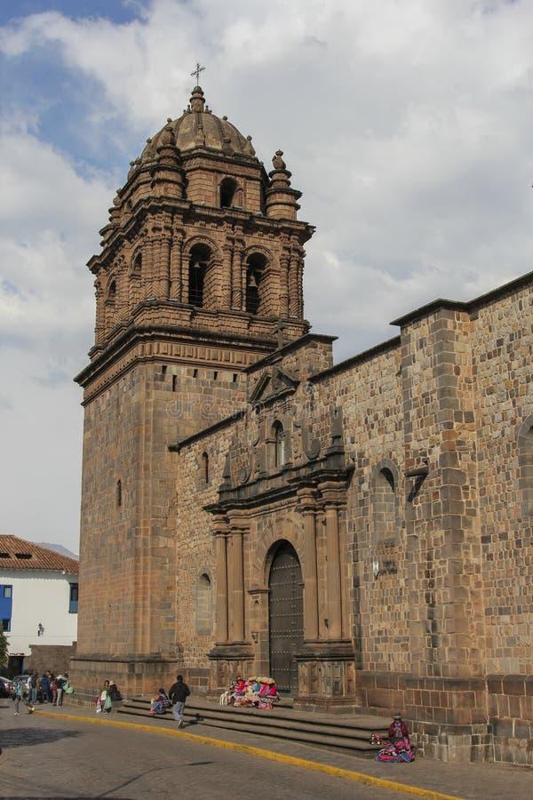 Oude katholieke kerkvoorgevel in Cuzco Peru royalty-vrije stock fotografie