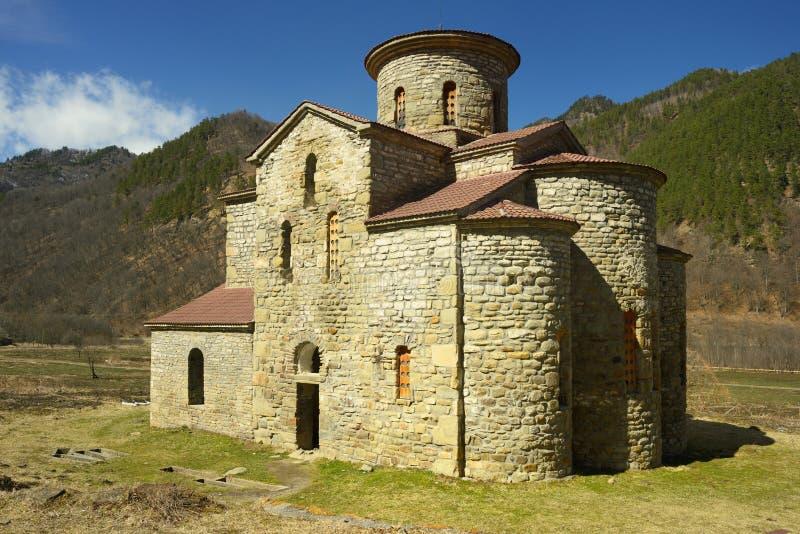 Download Oude kerk stock foto. Afbeelding bestaande uit caucasus - 39117986