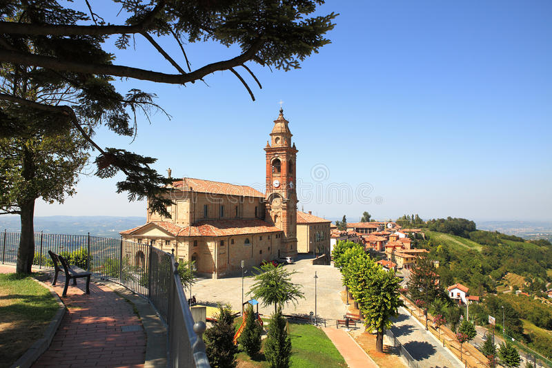 Oude kerk in Diano D'Alba, Italië. royalty-vrije stock foto