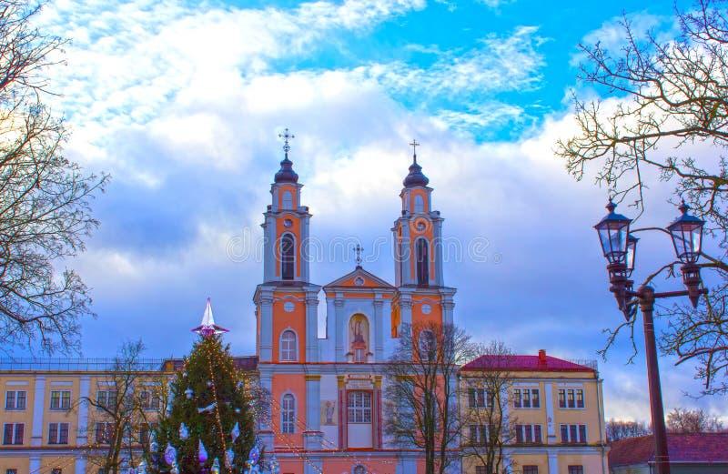 Oude kerk van St Francis Xavier in oude stad Kaunas, Litouwen royalty-vrije stock afbeelding