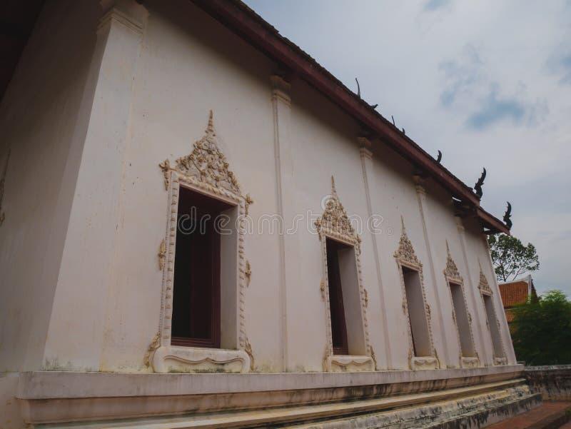 Oude Kerk van Thaise Boeddhistische tempel stock foto's