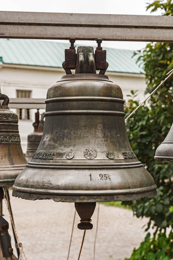 Oude kerkklok yaroslavl Russische Federatie 2017 stock foto's
