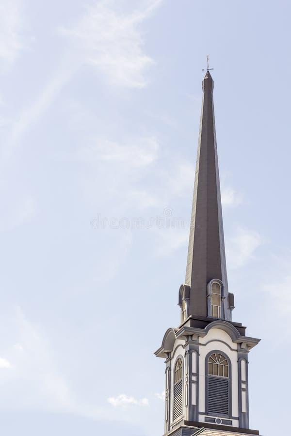 Download Oude kerktorenspits stock afbeelding. Afbeelding bestaande uit hemel - 54091675