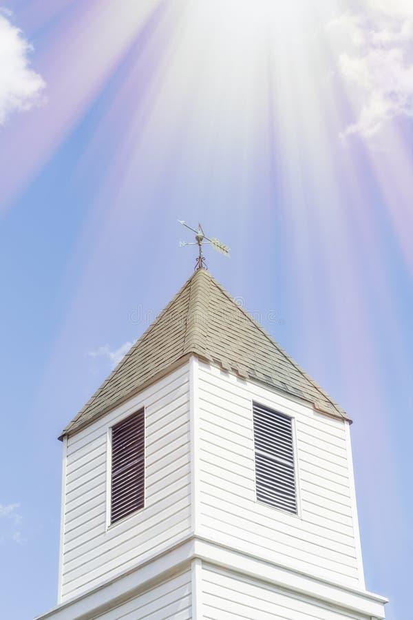Download Oude kerktorenspits stock afbeelding. Afbeelding bestaande uit christen - 54091685