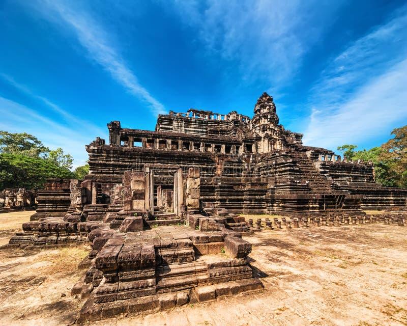 Oude Khmer architectuur Panoramamening van Baphuon-tempel bij A stock afbeelding